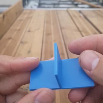 Petite impression 3D utile pour mes travaux sur le toit : des cales d'espacement