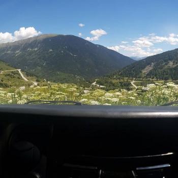 Petit pause au Col du Puymorens pour profiter du panorama