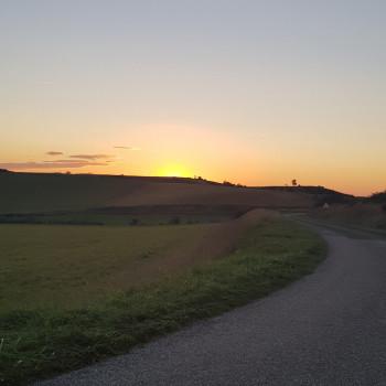 Le petit spot du week-end, accueilli entre coucher de soleil et lever de lune